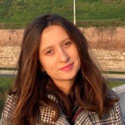 Ivana Vilotić Serbian language teacher